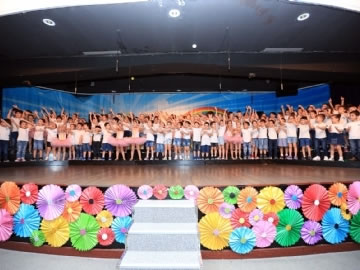 End of Year Show at Kindergarten