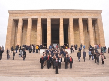 5th Graders in Atatürk's Mausoleum in Ankara