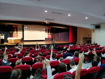 3. Sınıflar Yazar Etkinliği (Nilay Yılmaz)