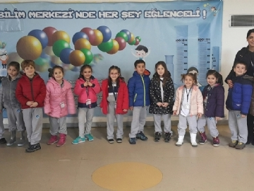 "Kindergarten Students at ""ITU Science Center"""