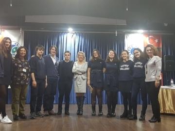 Geleneksel 11. Sınıflar İngilizce Münazara Turnuvası