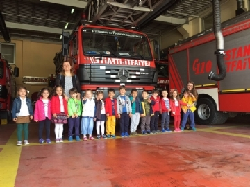 Çevre Kindergarten Students Visited The Fire Station