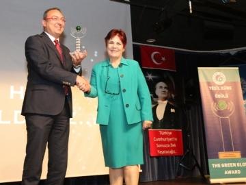 14. Yeşil Küre Ödülü Cem Seymen'in