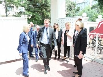 Çevre Kolejinden Dünya Çevre Günü'nde Avrupa Parlamentosu Çevre Komisyonu Başkan Yardımcısı Benedek Javor'a Yılın Çevre Ödülü