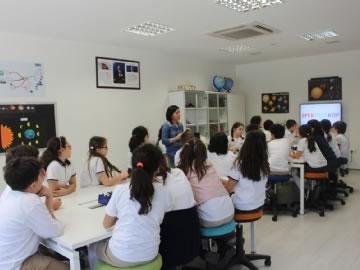 4. Sınıflar Beşiktaş Belediyesi Çocuk Bilim Merkezinde