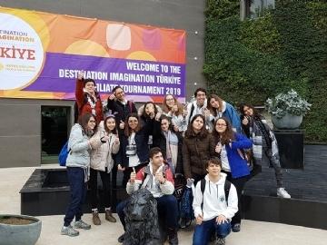 """Lise Öğrencilerimiz """"Destination Imagination Dünya Finalleri""""nde Yine Türkiye'yi Temsil Edecekler"""