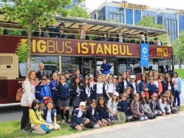 5.Sınıflar Üstü Açık Otobüslerle İstanbul'u Gezdi