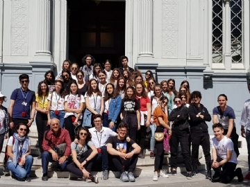 Çevre High School Discovers İstanbul