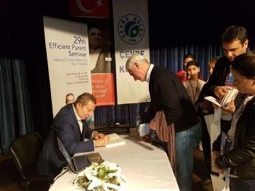 Prof. Dr. Acar Baltaş, Etkin Ebevyn Semineri'nde Velilerle Buluştu