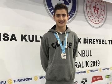 Yüzme Takımı Sporcularımızdan Türkiye Şampiyonasında Madalya