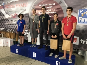 3 Medals in the International Swimming Competition