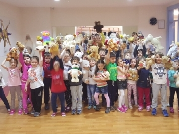 Teddy Bear's Picnic in Çevre Kindergarten