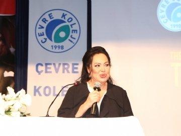 Uluslararası İngilizce Dil Eğitimi Konferansı Türkan Şoray'ın Katılımıyla Gerçekleşti