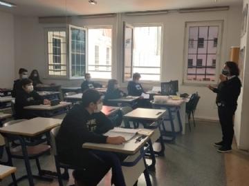 5 ve 9. Sınıf Öğrencilerimiz Okulda